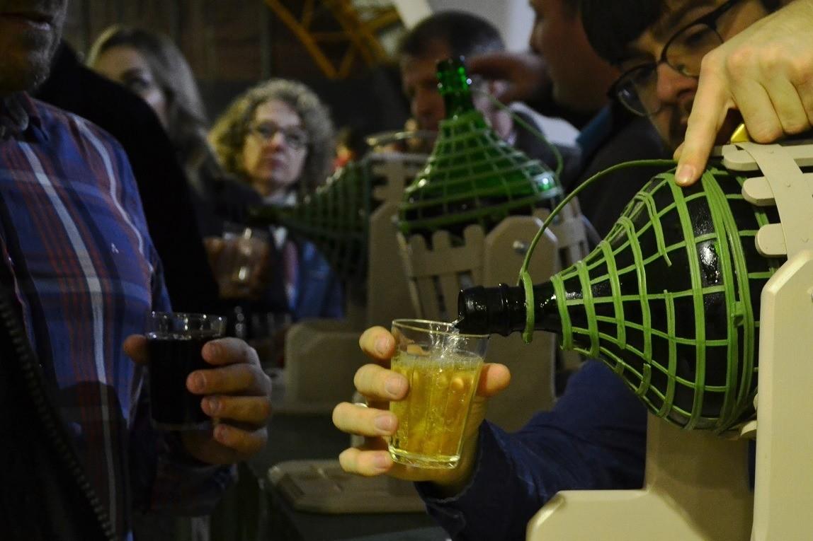 Foto Primeiro final de semana do Dia do Vinho Brasileiro com degustações e descontos especiais