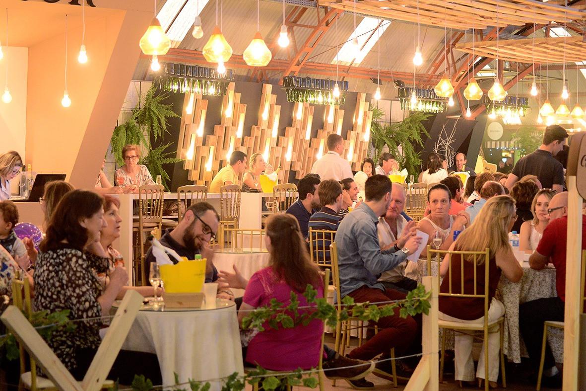 Foto Fenachamp celebra o espumante brasileiro em Garibaldi