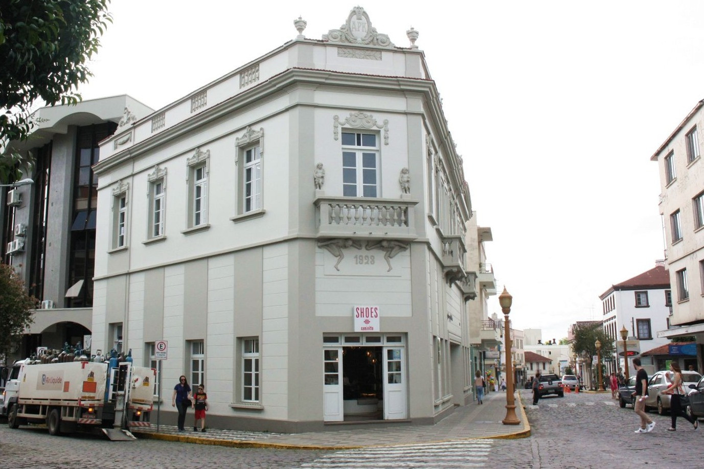 Foto Estabelecimentos do Centro Histórico devem ter letreiros padronizados