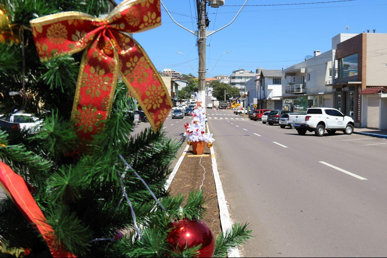 Foto Decorada para o Natal, Garibaldi conta com colaboração da comunidade