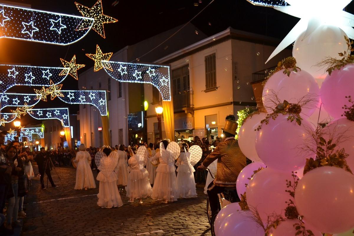 Foto Árvore Cantante é o destaque da semana no Natal Borbulhante