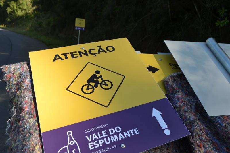 Foto de capa Nova Rota Turística em Garibaldi recebe sinalização