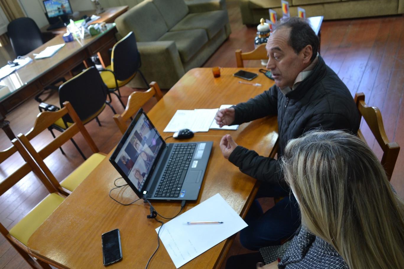 Foto Reuniões virtuais para debater as ações do turismo e da cultura em Garibaldi