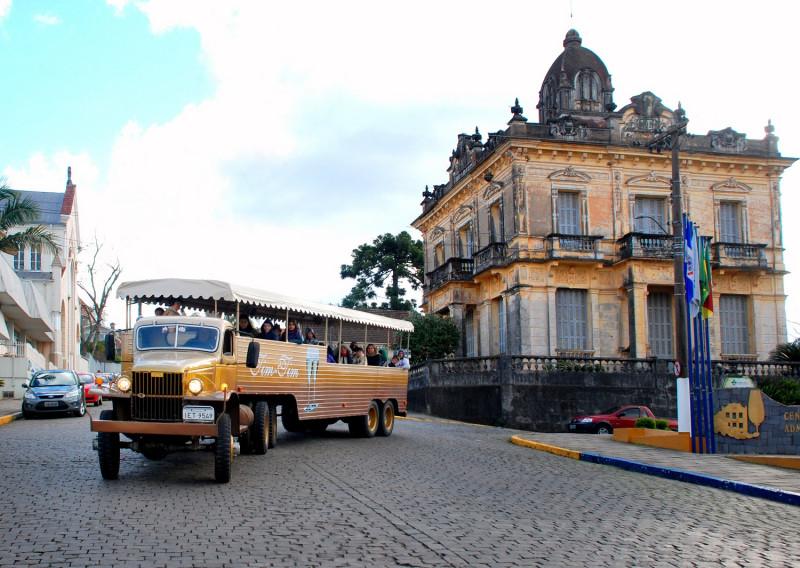 Foto de capa Turismo Garibaldi apresenta as Rotas Turísticas em live