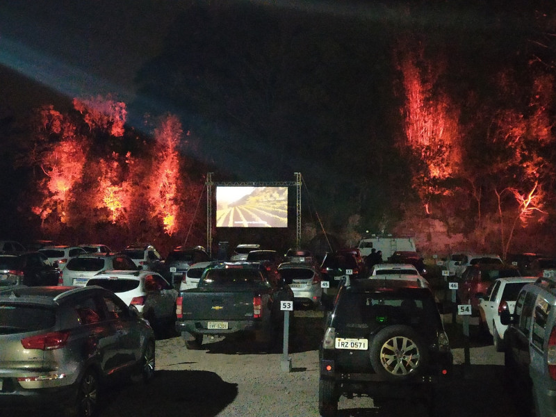 Foto de capa Peterlongo lança em Garibaldi o cinema Drive-in