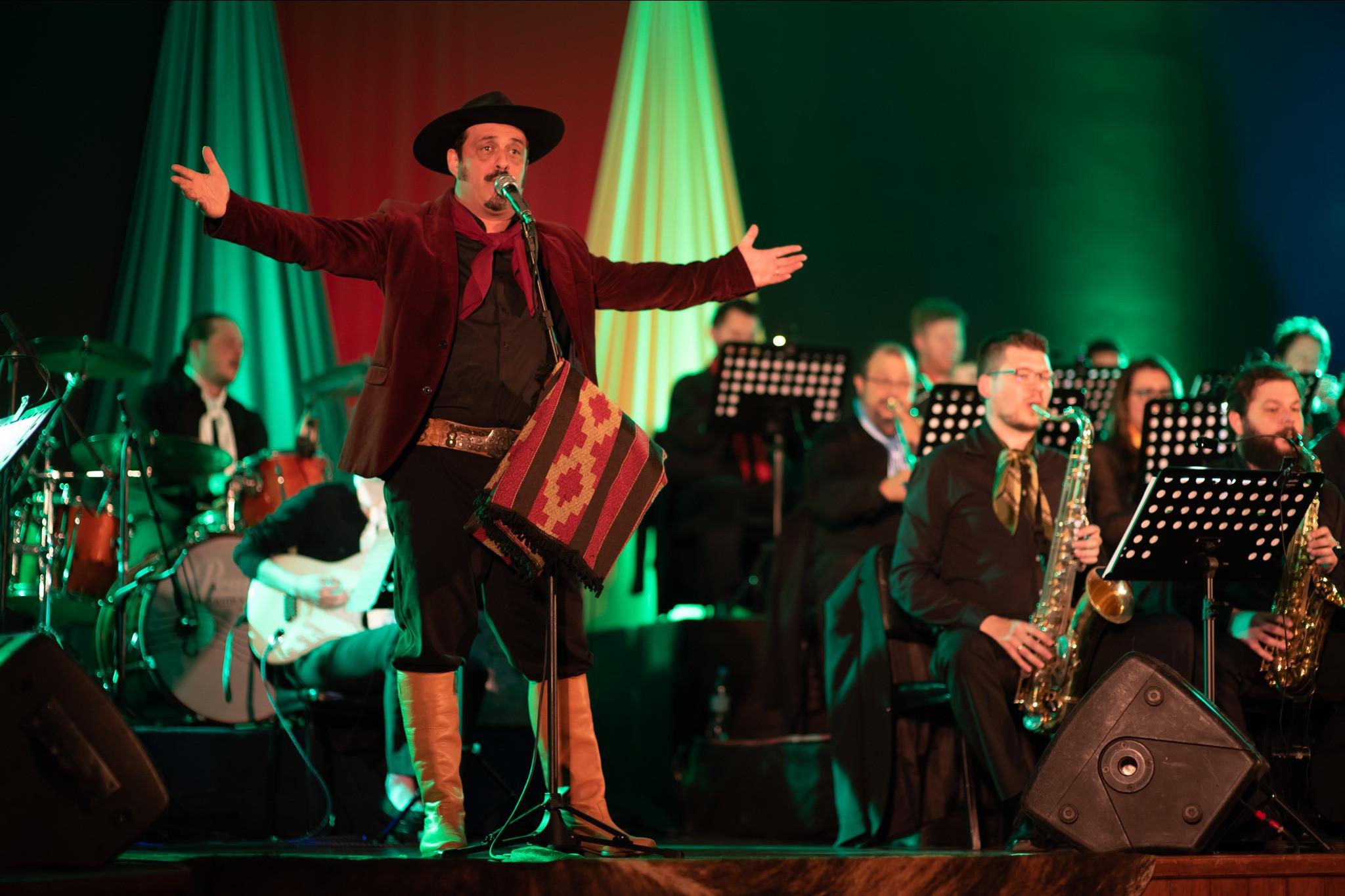 Foto Live Concerto Rio Grande dos Sopros da Orquestra Municipal de Garibaldi com Convidado Especial Cristiano Quevedo